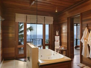 HILTON SEYCHELLES NORTHOLME RESORT & SPA 5 *