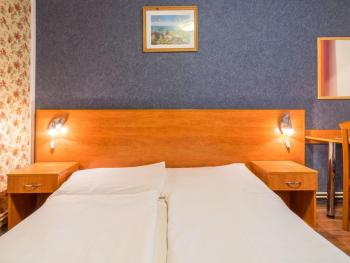 CENTRAL GREEN HOTEL 3*