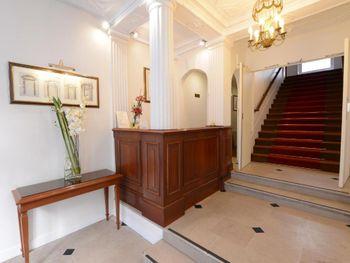 IMPERIAL HOTEL (PARIS) 3 *