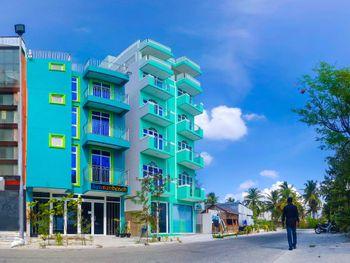SEASUN BEACH HOTEL