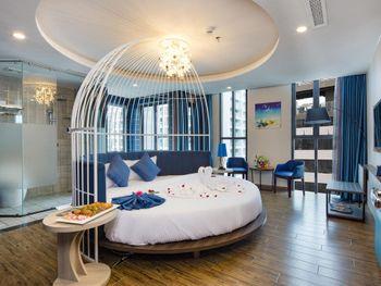 AARON HOTEL 4*