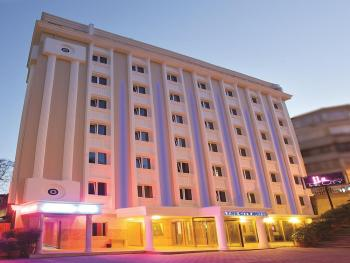 THE CITY HOTEL 4*