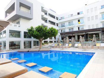 ATRIUM HOTEL 3*