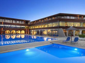 BLUE DOLPHIN HOTEL 4*