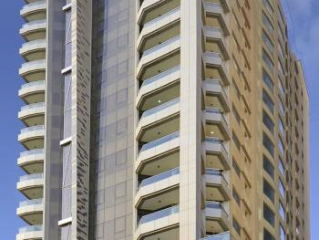 AL MAJAZ PREMIERE HOTEL APARTMENTS 5*