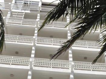 BEACON BEACH HOTEL 3*